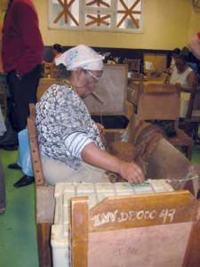 Manufaktur La Corona Innenansicht mit Cigarrenollerin